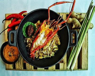 StreetDeal Food & Drink Deal: Weekday Semi-Buffet Lunch @ Hotel Jen Orchardgateway Singapore