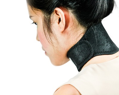 StreetDeal Health & Beauty Deal: Heat Therapy Neck Belt