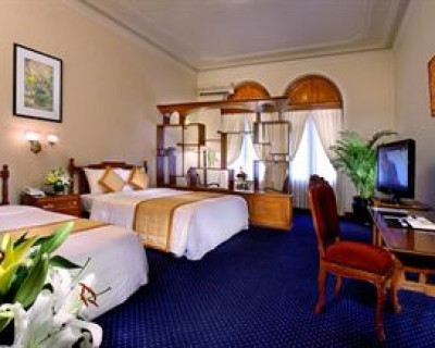 StreetDeal Travel & Vacation Deal: Ho Chi Minh City | Hotel Continental Saigon, Ho Chi Minh City