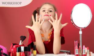 89% Off Manicure Workshop + Nail Art Voucher + Treatment Voucher!
